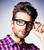 50% Off Eyewear at Designing Eyes ($50 Deal for $25)